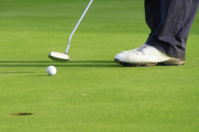 Hypnotherapy can improve your putting stroke